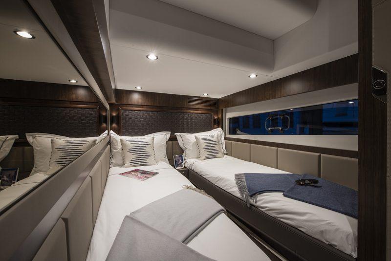 targa_53gt_interior_3rd_cabin-800x534